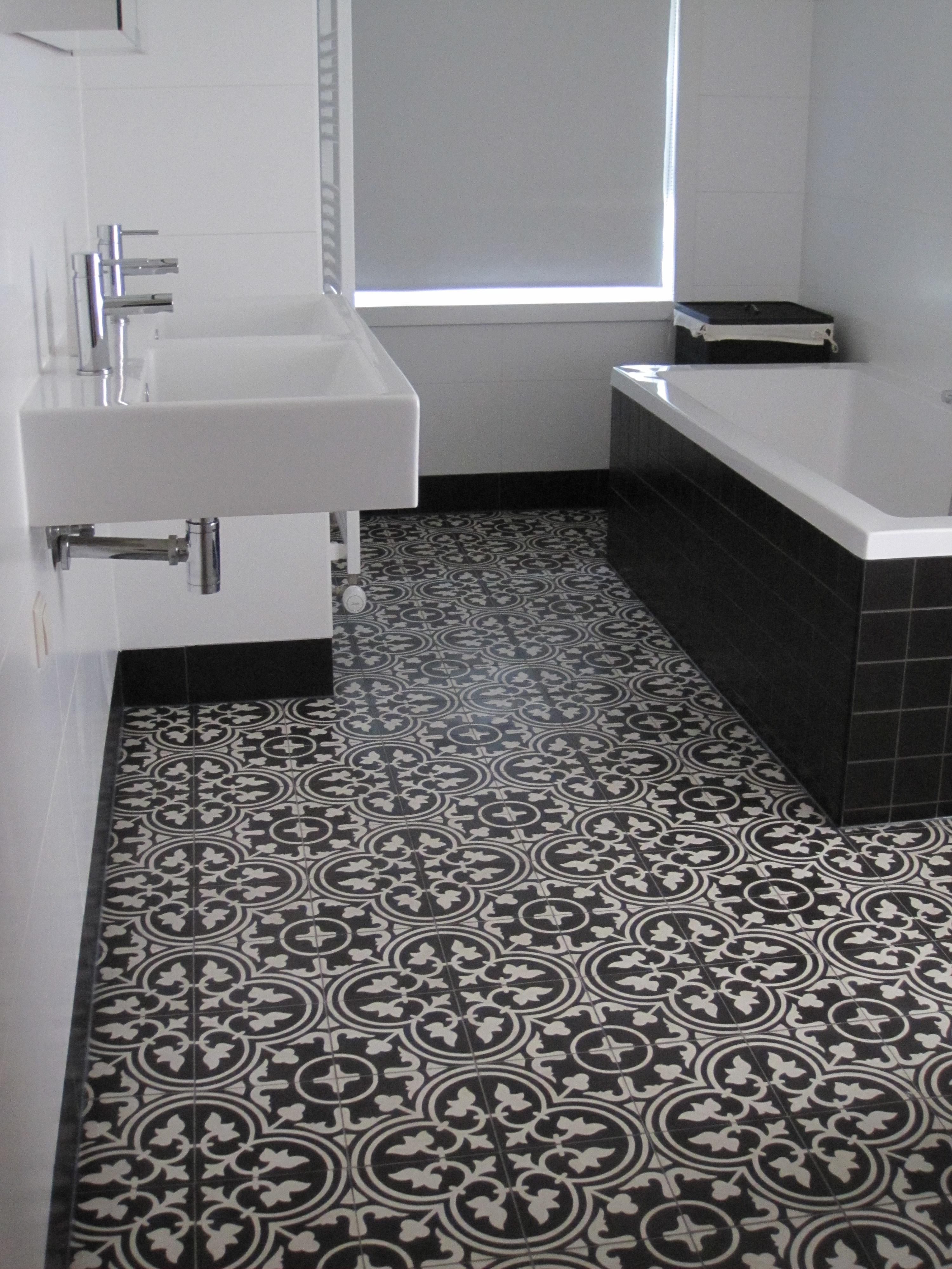 Encaustic cement tile a405b hadeda tiles for Ciment tiles