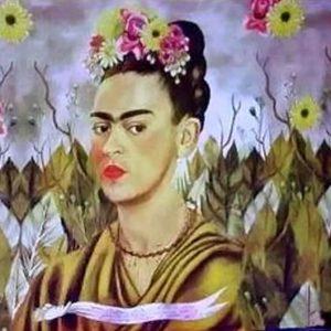 Frida Pareo/Shawl - Pink Flowers
